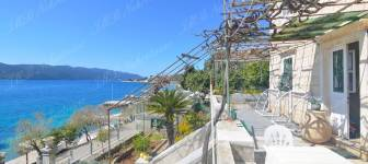 Captain's Stone House by the Sea, attractive location near Dubrovnik