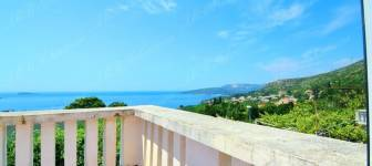House with three studios and sea view - Dubrovnik area