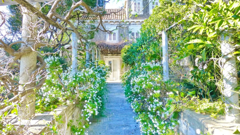 IMB Nekretnine - Povratak u 19. stoljeće – raskošna kuća u samom srcu Dubrovnika