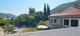 Modern house of ca. 90 m2 nearby the sea, surrounded by greenery - Dubrovnik area