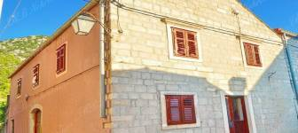 Stone house 163 m2 on an attractive position - Dubrovnik area