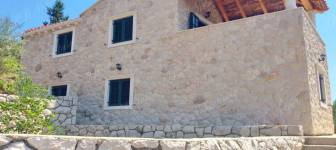 Attractive property 7531 m2 with beautiful stone villa – Dubrovnik islands