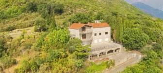 House on 1854 m2 plot with sea view - Dubrovnik surrounding